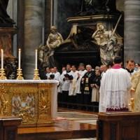 Messe pontificale traditionnelle à Saint-Pierre de Rome