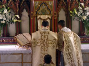 10 - Jeudi Saint 2015 - au canon de la messe