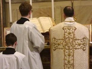 06 Messe de la saint Yves en la chapelle des Spiritains