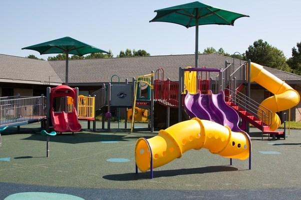 playground-99509_640