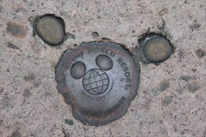 Geocaching at Walt Disney World with Disney Benchmarking & Waymarks