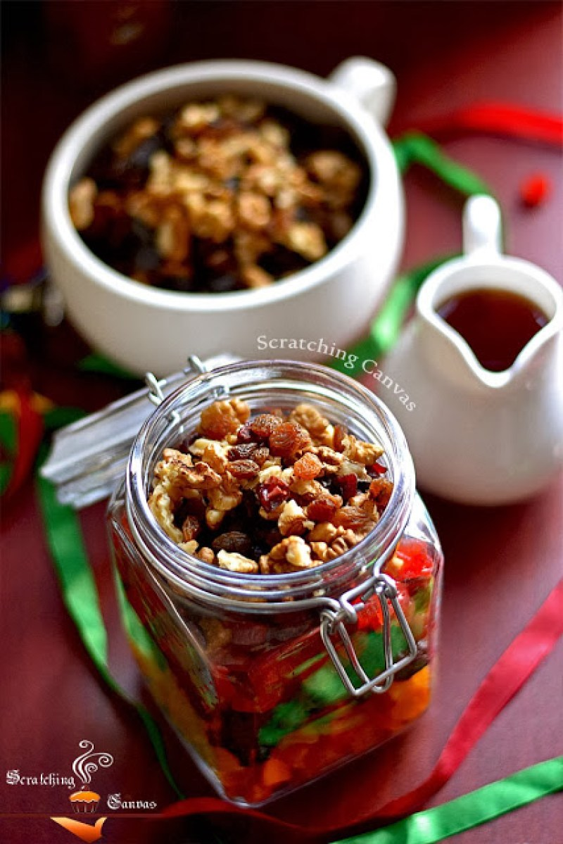 dried fruit soaking for christmas cake