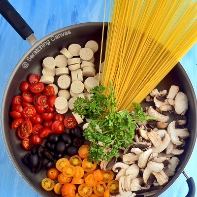One Pot Mushroom Sausage Pasta | Easy & Quick Weeknight's Spaghetti Recipe