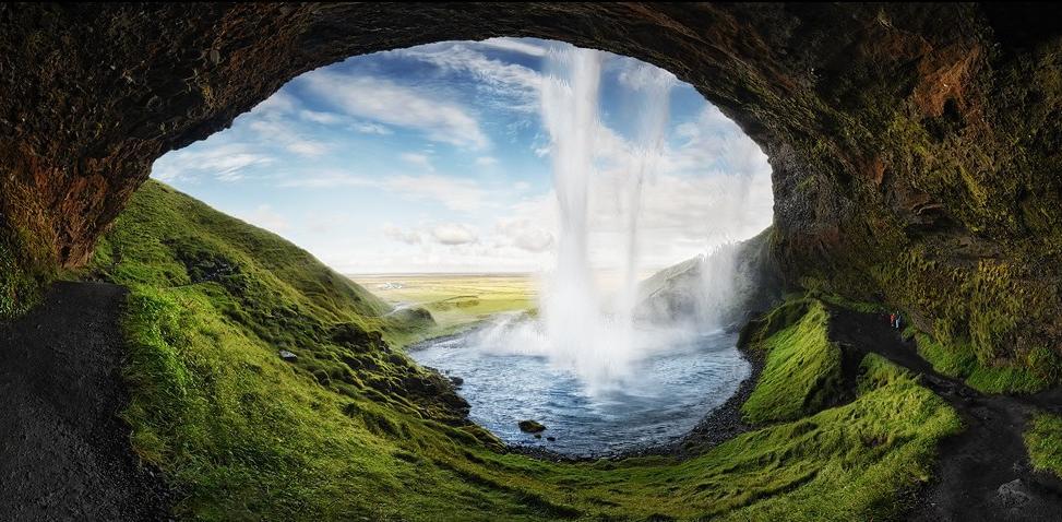 Waterfall Cavern Screensaver