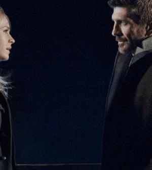 Britt Robertson (Cassie Blake) and John Blackwell (Joe Lando) in The Secret Circle. Image © the CW