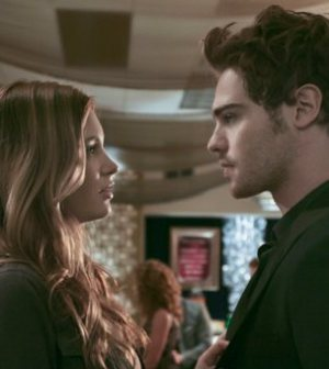 Alexia Fast as Eva and Grey Damon as Lee. Photo: Marcel Williams/The CW ©2011 The CW Network.