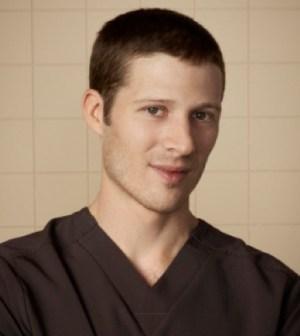 Zach Gilford as Dr. Brett Robinson. © 2012 Fox Broadcasting Co. Cr: Mathieu Young/FOX