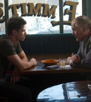 Franco (James Carpinello, L) updates Constantine (William Forsythe, R). ©2012 Fox Broadcasting Co. CR: Chuck Hodes/FOX