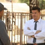 Bones-Ep803-Bones_and_Booth_confront_the_animal_owner_sc-23_0491