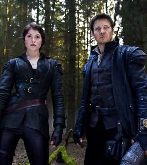 Gemma Arterton and Jeremy Renner in Hansel and Gretel:Witch Hunters. Image © MGM