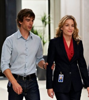 Christopher Gorham as Auggie Anderson, Piper Perabo as Annie Walker -Photo by Ken Woroner/USA Network