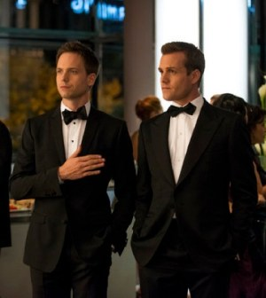 Patrick J. Adams (l) and Gabriel Macht (r) in Suits. Image © USA