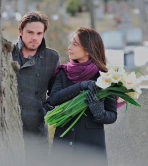 Jay Ryan as Vincent and Kristin Kreuk as Catherine. Photo: Sven Frenzel/The CW -- © 2013 The CW Network
