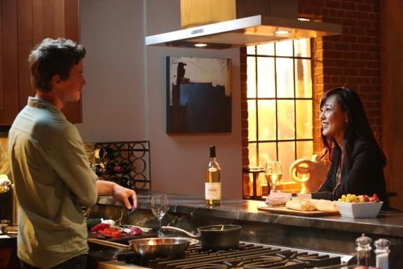 Erik Stocklin as Sam Grey, Yunjin Kim as Karen Kim — Photo by: Danny Feld/ABC