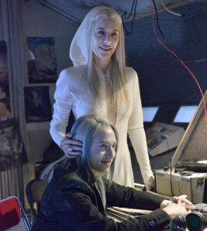 Pictured: (l-r) Jaime Murray as Stahma Tarr, Jesse Rath as Alak Tarr -- (Photo by: Ben Mark Holzberg/Syfy)