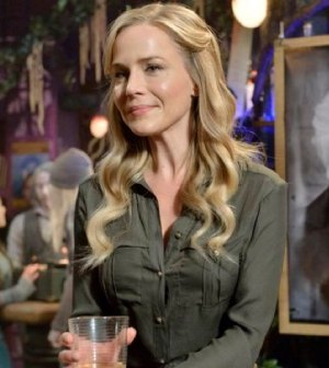 Pictured: Julie Benz as Mayor Amanda Rosewater -- (Photo by: Ben Mark Holzberg/Syfy)