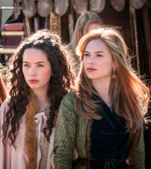 Pouty ladies in waiting? Anna Popplewell as Lola, and Celina Sinden as Greer -- Photo: Joss Barratt/The CW