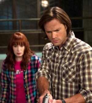 Pictured (L-R): Felicia Day as Charlie and Jared Padalecki as Sam -- Credit: Diyah Pera/The CW