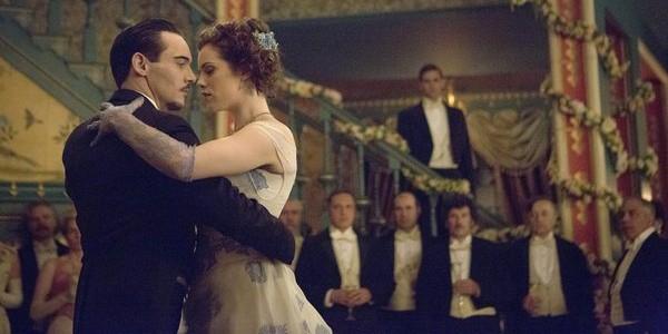 Pictured (L-R): Jonathan Rhys Meyers as Alexander Grayson, Jessica De Gouw as Mina Murray -- Photo by: David Lukacs/NBC