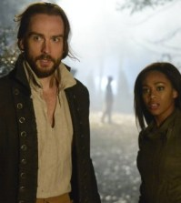Pictured (L-R): Tom Mison and Nicole Beharie -- © 2013 Fox Broadcasting Co.