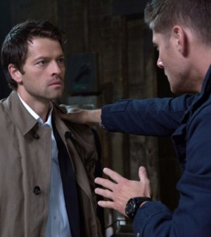 Pictured (L-R): Misha Collins as Castiel and Jensen Ackles as Dean -- Credit: Jack Rowand/The CW