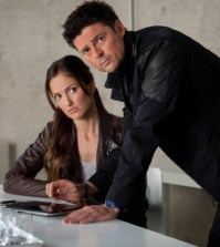 Det. Valerie Stahl (Minka Kelly) and Det. John Kennex (Karl Urban). Co. Cr: Liane Hentscher / FOX