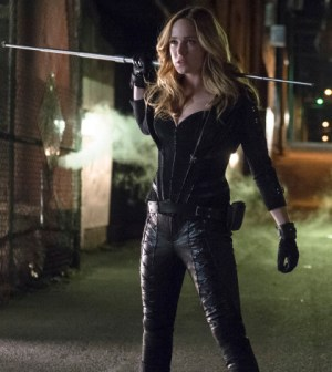 Pictured: Caity Lotz as Canary/Sara -- Photo: Cate Cameron/The CW