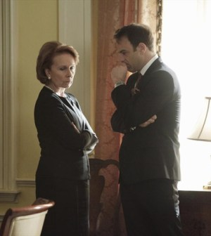 "(ABC/Peter ""Hopper"" Stone) KATE BURTON, PAUL ADELSTEIN"