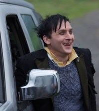 """Oswald Cobblepot (Robin Lord Taylor) in """"Selina Kyle."""" Co. Cr: Jessica Miglio/FOX"""