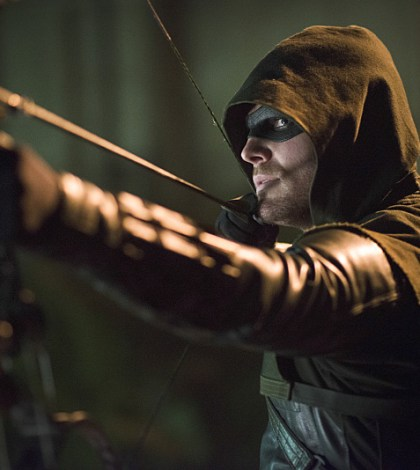 Pictured: Stephen Amell as The Arrow -- Photo: Diyah Pera/The CW