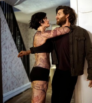 Pictured: (l-r) Jaimie Alexander as Jane Doe, Johnny Whitworth as Ruggedly Handsome Man -- (Photo by: Peter Kramer/NBC)
