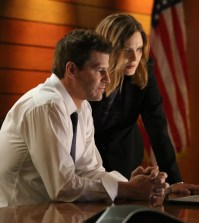 BONES:  L-R:  David Boreanaz and Emily Deschanel. Co.  Cr:  Kevin Estrada/FOX