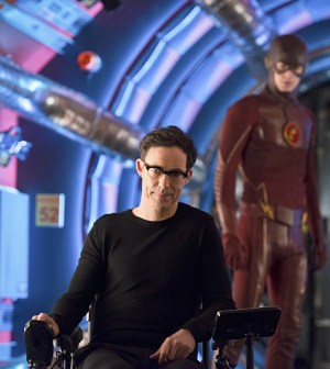 Pictured (L-R) Tom Cavanagh as Harrison Wells and Grant Gustin as The Flash -- Photo: Diyah Pera/The CW