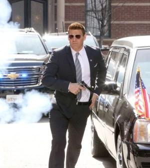 "BONES: David Boreanaz in the ""The Secret in the Service"" | Co.  Cr:  Patrick McElhenney/FOX"