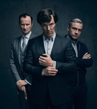 Mycroft Holmes (MARK GATISS), Sherlock Holmes (BENEDICT CUMBERBATCH), Dr John Watson (MARTIN FREEMAN) - (C) Hartswood Films - Photographer: Todd Antony