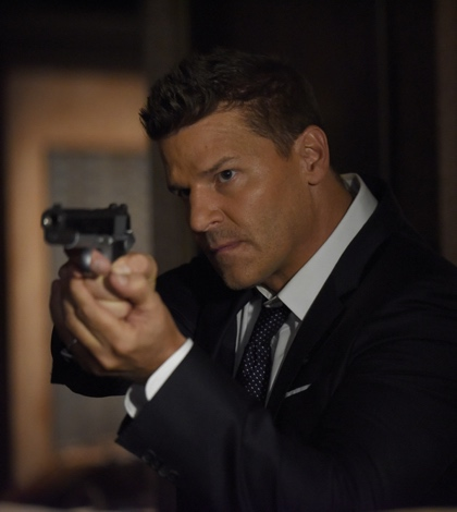 "BONES:  David Boreanaz in the ""The Final Chapter:  The Hope in the Horror"" season premiere episode of BONES airing Tuesday, Jan. 3 (9:01-10:00 PM ET/PT) on FOX.  ©2016 Fox Broadcasting Co.  Cr:  Ray Mickshaw/FOX"