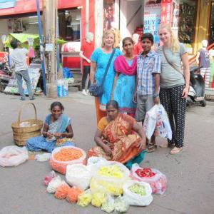 Wilna en Fleur kochten groente voor TG