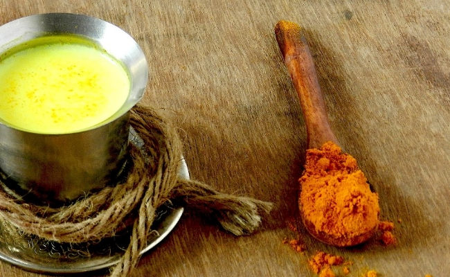 Drink Warm Milk With Turmeric