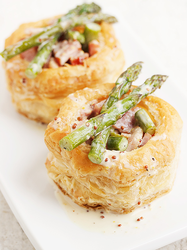 Ham and Asparagus Vol au Vent with a Cream and Grainy Mustard Sauce