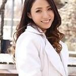 ベストの綾崎紫子