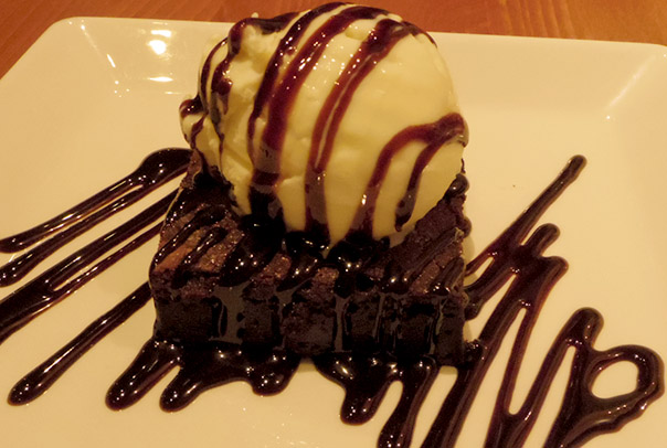 warm-chocolate-brownie-beefeater