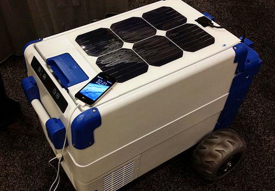 Cooler resfriado a energia solar e com entrada USB para carregar seus gadgets