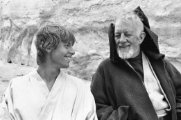 go-back-in-time-with-classic-on-set-star-wars-photographs-35-photos-25