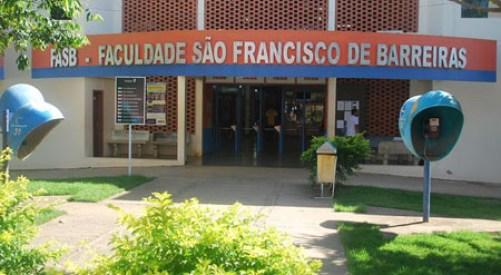 Faculdade São Francisco de Barreiras_frente