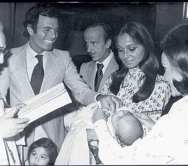 El bautizo de Enrique, tres años antes de la separación