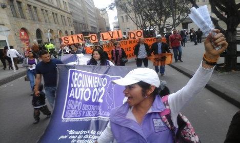 Las mujeres: Víctimas dentro y fuera del conflicto