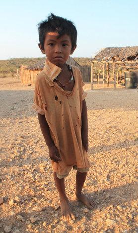 Niño en La Guajira. Foto Joni Restrepo -Señales de Humo.