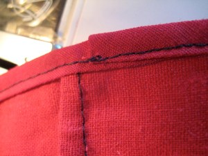 The back side: I used black in my bobbin so you can see the stitching more clearly...