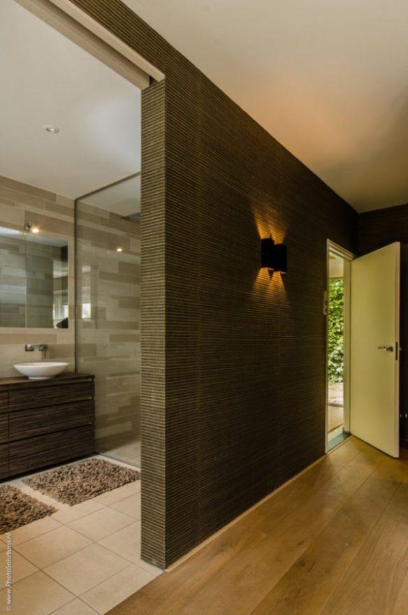 Hoe cre er je een luxe douche in een kleine badkamer miss sentinelli - Kleine betegelde badkamer ...