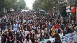 Oltre 10mila studenti in piazza ad Atene contro la riforma targata Syriza-Anel